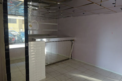 A LOUER  Local commercial Marseille 50 m2 13002