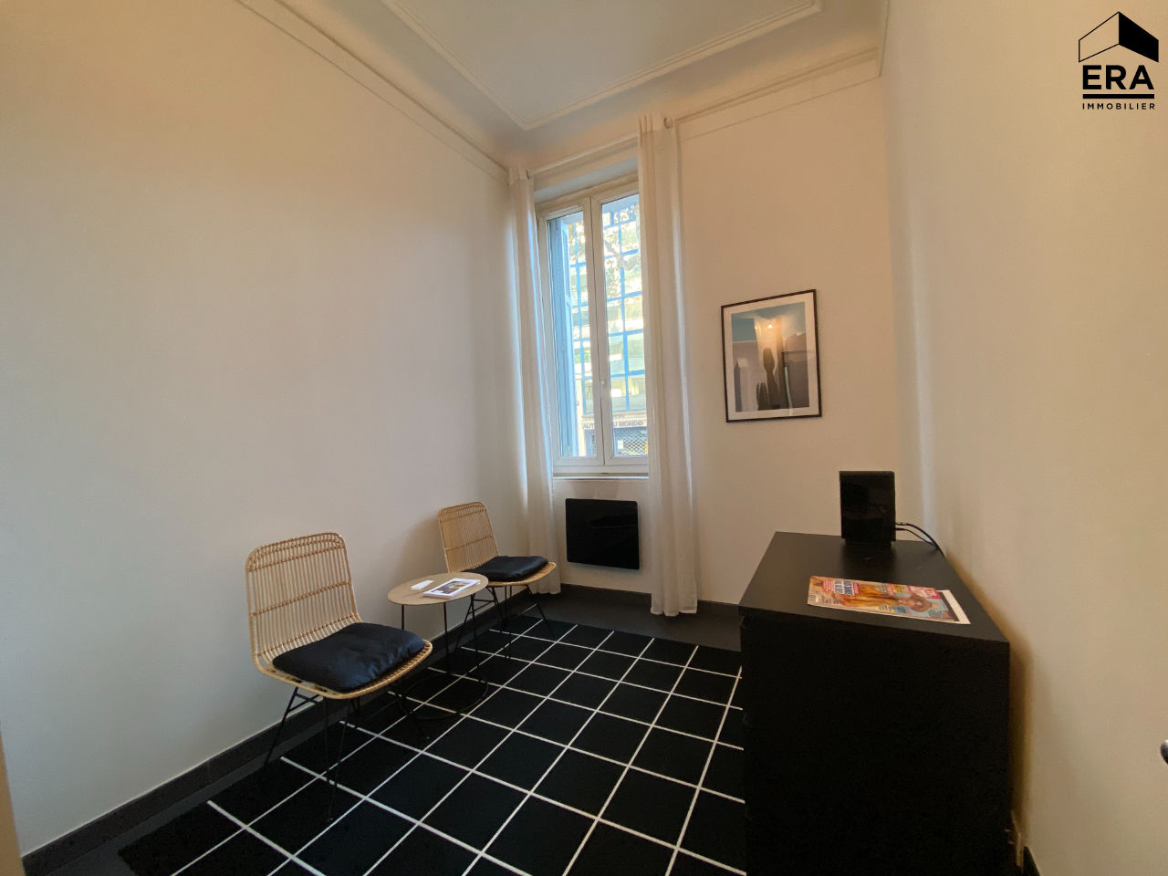 A LOUER APPARTEMENT T 2 13008 MARSEILLE CARRE D'OR
